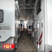 karsten caravanstalling oosterblokker