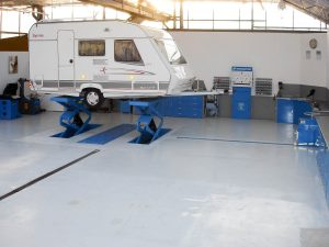 Aalsmeerstalling Werkplaats Topstalling Bovag 2 300x225